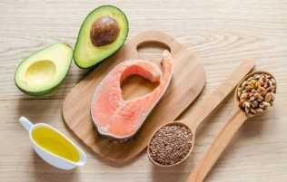 Natural oils and fats form the basis of the Keto diet